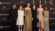 Information oi-Sanyukta Thakare | Revealed: Wednesday, October 20, 2021, 15:04 [IST] Angelina Jolie lately attended the Eternals Los Angeles premiere with her youngsters. The actress additionally walked the purple carpet with the 5 youngsters and followers have been most excited to see her oldest daughter, Zahara Jolie-Pitt carrying her mom's classic Oscar robe. Zahara wore […] The post Angelina Jolie's Daughter Zahara Stuns In Mom's Vintage Oscar Dress At Eternals L