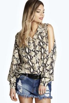 Mya Open Shoulder Button Through Snake Print Shirt. Get unbelievable discounts up to 60% Off at Boohoo using Coupon & Promo Codes.