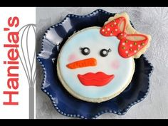 HOW TO DECORATE SIMPLE CHRISTMAS COOKIES, DECORATING FOR BEGINNERS - YouTube