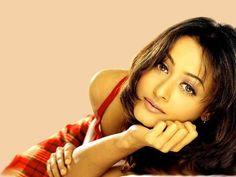 Namrata Shirodkar Height, Weight, Bra, Pics Profile | CelebBra