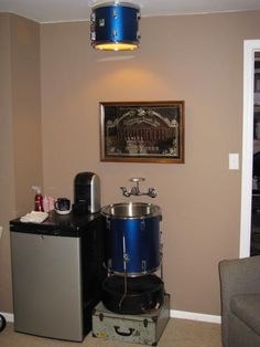 Drum sink?! -- Okay now, who wouldn't want a drum sink?