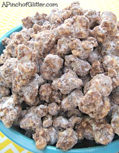 BEST THING IN THE WORLD!! I AM MAKING IT SOON! Muddy Buddy Popcorn: A Pinch of Glitter