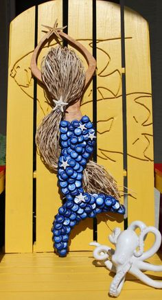 Mermaid,Mermaid Wood Art,Coastal Beach Decor,Coastal Wall Art,Mermaid Bottle… – My CMS Bottle Top Art, Bottle Top Crafts, Bottle Cap Projects, Diy Bottle, Beer Cap Art, Beer Bottle Caps, Beer Caps, Recycled Crafts, Diy Crafts
