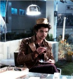 Andrew Lee Potts as Hatter Truly The Best Mad Hatter <3