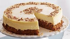 Carrot Cheesecake 101 : This decadent dessert mash-up consists of three essential layers: carrot cake enriched with ground cinnamon and ground ginger for spice, rich cheesecake and a smooth sour cream topping. via Food Network Carrot Cake Cheesecake, Cheesecake Recipes, Dessert Recipes, Layer Cheesecake, Banana Pudding Cheesecake, Tiramisu Cheesecake, Cookie Cheesecake, Uk Recipes, Puddings