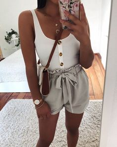 8 looks that are stylish and cool for the hottest days - Moda - Mode Adrette Outfits, Cute Shorts Outfits, Tie Shorts, High Waisted Shorts Outfit, Tank Top Outfits, Flowy Shorts, Tank Top Dress, Woman Outfits, Girly Outfits