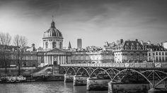 Paris#19 - Pont des Arts by ewhchow
