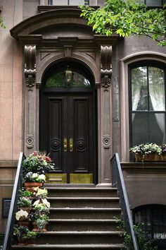 Carrie Bradshaw's front door - surely a NYC landmark, right? … and yes, I'm THAT sad… Brooklyn Brownstone, Brownstone Homes, Brooklyn Style, Monuments, New York Townhouse, Door Canopy, Second Empire, Main Door, City Aesthetic