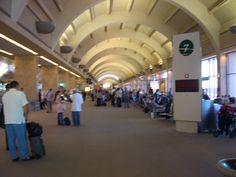 John Wayne Airport, LA