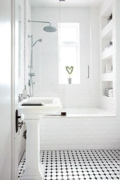 23 ideas for bath room shower shelves cubbies Small White Bathrooms, Small Bathtub, Small Sink, Small Bathroom Vanities, Bathroom Renos, Bathroom Interior, Bathroom Ideas, Bathroom Storage, Bad Inspiration