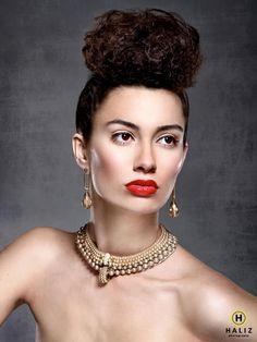 B. Marlow Jewelry Designs.                         Hannah Dexter Photography