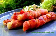 Mozzarella – Sticks low carb schnell gemacht und super lecker… Dazu passtein frischer Tomatensalat Zutaten für 6 Stück: 125 g Mozzarella 100 g Bacon in dünnen Streifen etwas fri…