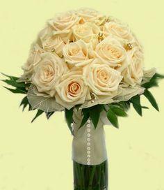 Cream Fall Wedding Flowers