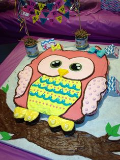 My daughter Ryden's first birthday was a success! Owl Cupcake cake with red velvet and chocolate cupcakes and Vanilla Buttercream #owlparty Cake by Truly Scrumptious in Hilo, Hawaii