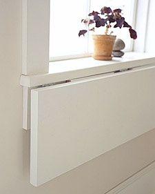 Arbejds- eller spisebord i små rum..