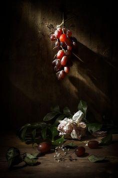 Натюрморт с виноградом by Evgeny Kornienko on 500px