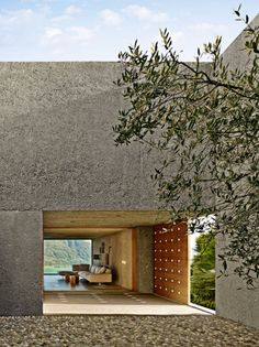 Casa Brissago by Wespi de Meuron Romeo Architects, Switzerland. Greece Architecture, Concrete Architecture, Minimalist Architecture, Space Architecture, Residential Architecture, Architecture Details, Exterior Design, Interior And Exterior, My House
