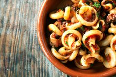 Gojee - Gragnano Pasta with Marcella Hazan Tomato Sauce & Hot Italian Sausage