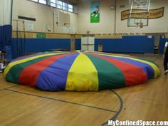 I remember the big army green parachute at my elementary school! 90s Childhood, Childhood Memories, School Memories, School Days, No Kidding, Back In The 90s, Image Blog, Gym Classes, Kid Memes