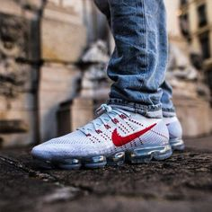 91d94ab42d2 NIKE AIR VAPORMAX FLYKNIT PURE WHITE PLATINUM UNI RED 849558 006   airmaxalways  lacedheaters