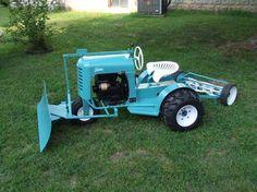 Dual Wheel Pennsylvania Bantam w/attachments - restored Yard Tractors, Lawn Mower Tractor, Small Tractors, Compact Tractors, Antique Tractors, Vintage Tractors, Garden Tractor Pulling, Garden Tractor Attachments, Classic Tractor
