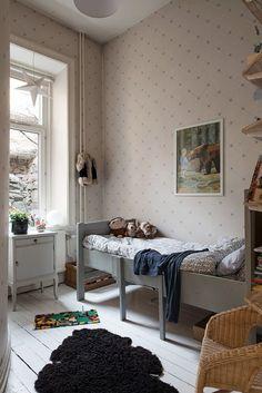 Ruotsalaisia koteja | Keltainen talo rannalla | Bloglovin'
