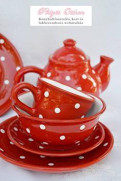 Magyar kézműves kerámia termékek / piros-fehér pöttyös