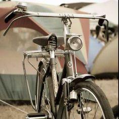 Vintage bike. love the straight rod brakes