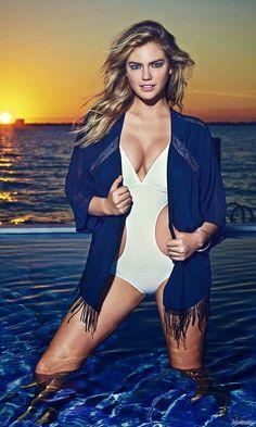 World Country Magazines: Actress, Model @ Kate Upton - Express Clothing Photoshoots