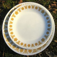 """21-Pc. """"Butterlfly Gold"""" Corelle Dishes --Service for 4 plus Large Serving Bowl -- Corningware Dinnerware"""