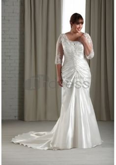 At Sydney's Closet, we ensure that these plus size wedding dresses fit and flatter every curvy bride. Browse our selection of casual & formal wedding gowns. Plus Size Wedding Dresses With Sleeves, Plus Size Wedding Gowns, Modelos Plus Size, Wedding Looks, Bridal Gowns, Bonny Bridal, Marie, Bridesmaid Dresses, Mermaid Wedding