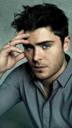 Zac... a juicy piece of man candy                        ^^               That comment :))