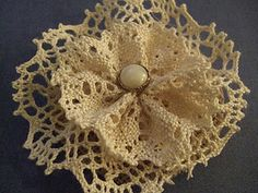 DIY Burlap + Lace Hair Applique, would make great flowers for the bouquets too