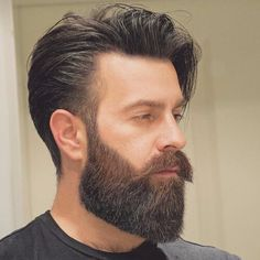 Five Top Short Mens Hairstyles For 2018 Older Mens Hairstyles, Cool Haircuts, Haircuts For Men, Beard Styles For Men, Hair And Beard Styles, Short Hair Styles, Medium Beard Styles, Beard Tips, Beard Ideas