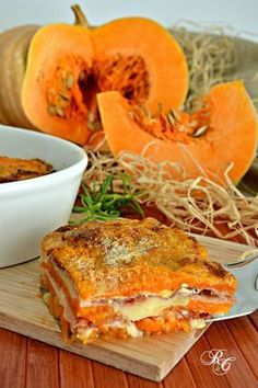 Gratin de courge, emmental et speck - Tortino zucca Pumpkin Recipes, Veggie Recipes, Great Recipes, Vegetarian Recipes, Favorite Recipes, Healthy Recipes, Good Food, Yummy Food, Tasty