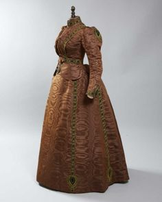 Dress ca. 1890  From Daguerre AuctionsFripperies and Fobs