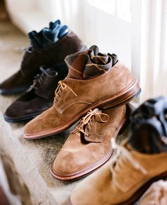 Now THIS is a pair of suede shoes I can see myself wearing. A little more rugged looking than most. They don't look like a trendy pair of saddle-shoes. I like. - Alden Suede Plain Toe. Made specially for Harrison Limited.