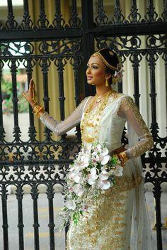 sri lankan bride
