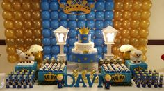 decoracao-de-festa-principe-personalizado Casino Night Party, Casino Theme Parties, Party Themes, Baby Shower Balloons, Baby Shower Themes, Baby Boy Shower, Birthday Candy, Baby Birthday, Birthday Parties