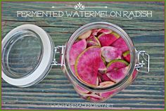 Fermented Watermelon Radish - Fermented foods taste amazing and are fabulous for your health! Try these great ideas to get your inspired! Probiotic Foods, Fermented Foods, Real Food Recipes, Healthy Recipes, Real Foods, Healthy Foods, Fruits And Veggies, Vegetables, Fermentation Recipes