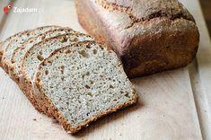 Chleb na zakwasie. Przepis jest stosunkowo prosty, ale przygotowanie takiego chleba zajmuje dość sporo czasu. Sam zaczyn to nawet 18 godzin czekania, ale WARTO! :) Banana Bread, Veggies, Homemade, Baking, Eat, Recipes, Food, Breads, Drink