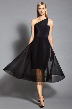 Romona Keveza at New York Fashion Week Spring 2017 - Runway Photos Evening Dresses, Prom Dresses, Formal Dresses, Club Dresses, Elegant Dresses, Pretty Dresses, Couture Dresses, Fashion Dresses, Trend Fashion