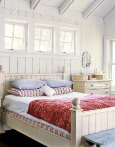 Red white and blue cottage bedroom #home #decor #interior #design
