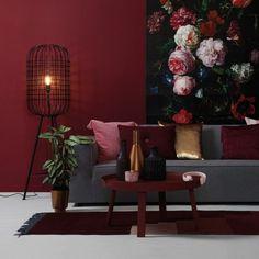 Dark Interiors, Colorful Interiors, Interior Paint, Living Room Interior, Minimalism Living, Interior Design Trends, Red Home Decor, Deco Boheme, Bedroom Red