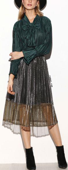 Metallic Silver Mesh Overlay Pleated Skirt