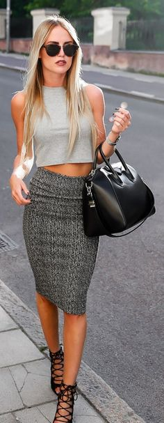 Going for a great business Deal, Pick this outfit with confidence. | SUMMER WORK OUTFITS | 40 Bewitching Summer Work Outfits for Women | FashionDiOxide.com