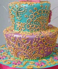 Henna Inspired Birthday Cake - Love sugar? I used to!!! http://peaklifelink.com/health/reducing-sugar-fixed-my-gut-issues/