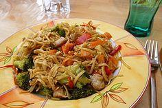 Gebratene chinesische Nudeln, ein beliebtes Rezept aus der Kategorie Gemüse. Bewertungen: 73. Durchschnitt: Ø 4,3.