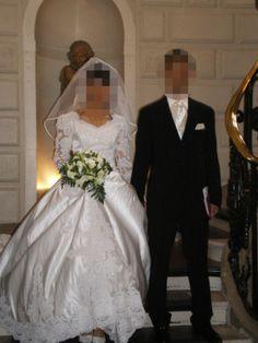 Robe de mariée en satin, couleur ivoire
