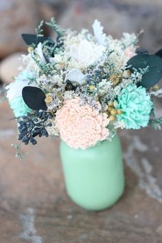 30  Mint Wedding Color Ideas For the Bride to Be   Mint Wedding Centerpiece Ideas http://www.weddinginclude.com/2016/05/mint-wedding-color-ideas/